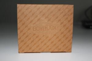 ด้านบนกล่อง เขียนว่า BOYDBOX